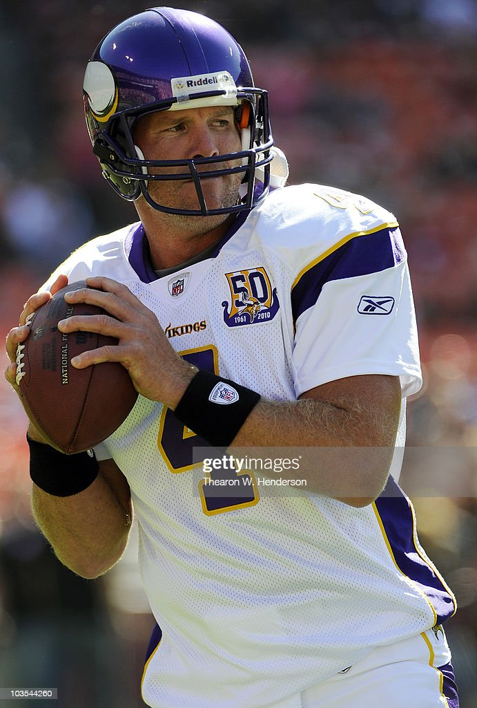 Quarterback Brett Favre #4 of the Minnesota Vikings warms up against the San Francisco 49ers during an NFL pre-season game at Candlestick Park on August 22, 2010 in San Francisco, California. The 49ers won the game 15-10.