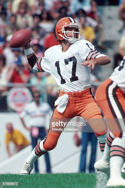Quarterback Brian Sipe of the Cleveland Browns throws a pass during a preseason game in August 1981 against the Atlanta Falcons in Atlanta Georgia