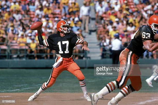 Quarterback Brian Sipe of the Cleveland Browns throws a pass under the protection of offensive tackle Cody Risien during a game against the San Diego...