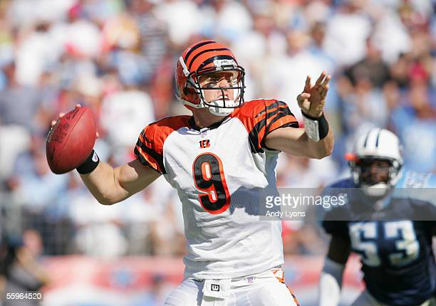 Quarterback Carson Palmer of the Cincinnati Bengals passes the ball against the Tennessee Titans during the game on October 16 2005 at the Coliseum...