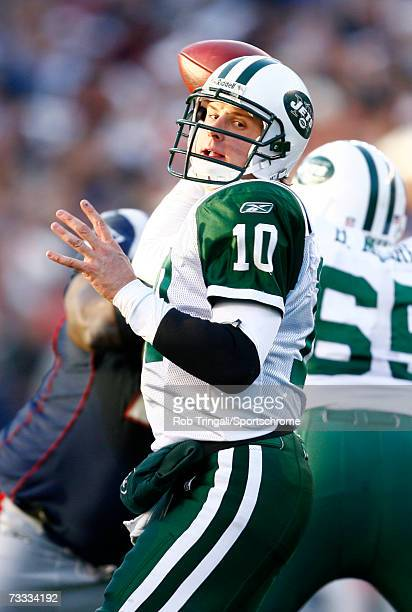 Quarterback Chad Pennington of the New York Jets drops back to pass against the New England Patriots in the AFC Wild Card Playoff Game at Gillette...