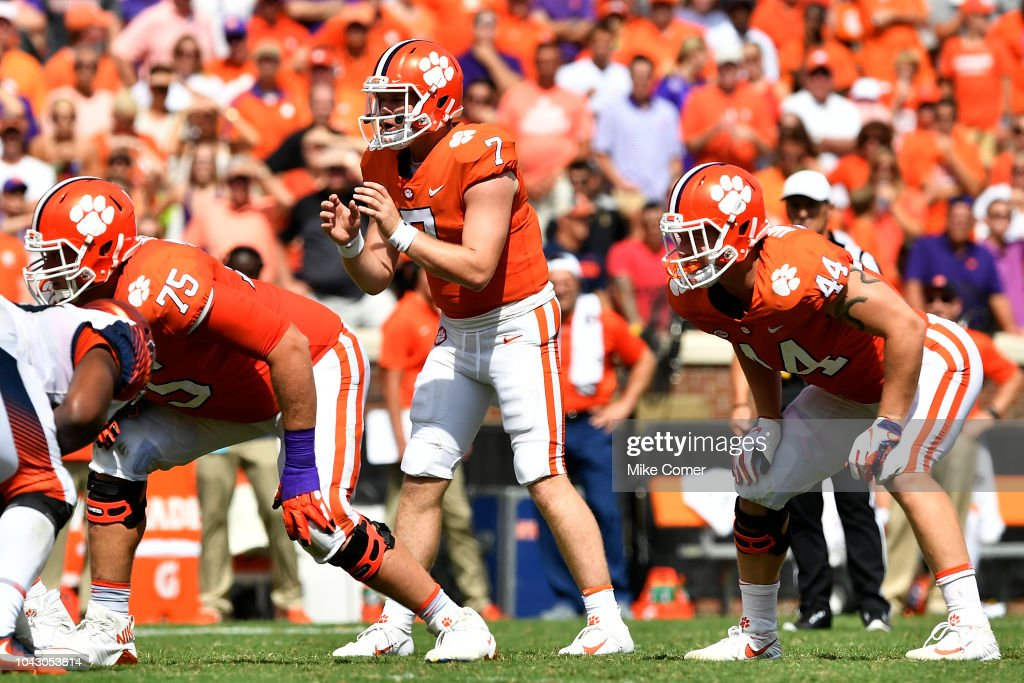 Syracuse v Clemson : News Photo