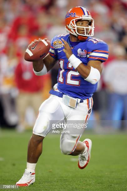 Quarterback Chris Leak of the Florida Gators drops back to pass in the second quarter against the Ohio State Buckeyes during the 2007 Tostitos BCS...