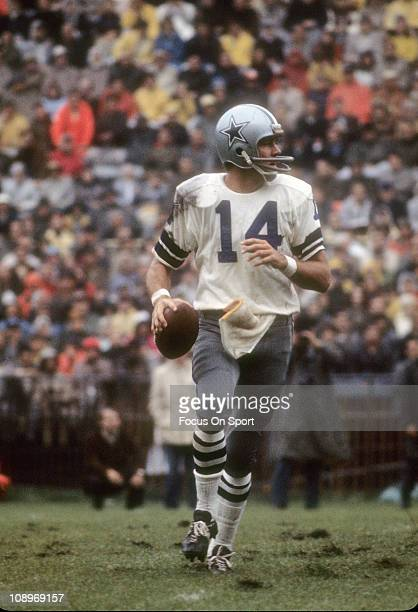 Quarterback Craig Morton of the Dallas Cowboys drops back to pass during an NFL football game circa 1968 Morton played for the Cowboy from 196574