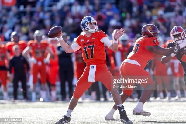 Quarterback Daniel Jones of Duke of the North Team passes during the 2019 Resse's Senior Bowl at LaddPeebles Stadium on January 26 2019 in Mobile...