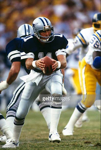 Quarterback Danny White of the Dallas Cowboys turns to hand the ball off against the San Diego Chargers during an NFL football game at Jack Murphy...