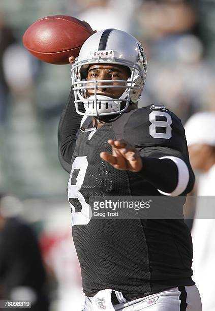 Quarterback Daunte Culpepper of the Oakland Raiders against the Arizona Cardinals on August 11 2007 at McAfee Coliseum in Oakland California