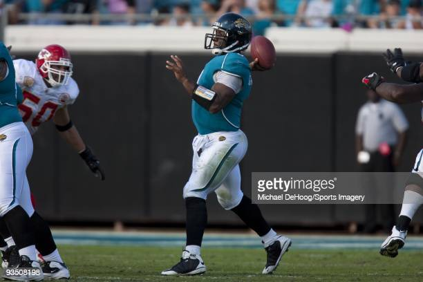 Quarterback David Garrard of the Jacksonville Jaguars passes during a NFL game against the Kansas City Chiefs on November 8 2009 at Jacksonville...