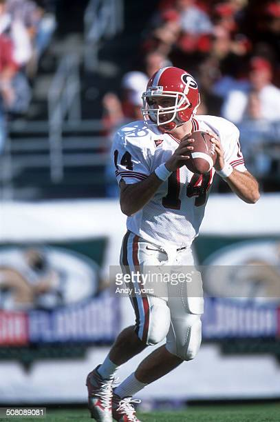 Quarterback David Greene of the Georgia Bulldogs readies to throw the ball during a game against the Florida Gators on October 27 2001 at Alltel...