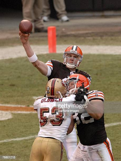 Quarterback Derek Anderson of the Cleveland Browns throws a pass as tight end Steve Heiden blocks linebacker Jeff Ulbrich of the San Francisco 49ers...