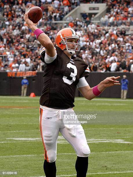 Quarterback Derek Anderson of the Cleveland Browns throws a touchdown pass to Steve Heiden during a game on October 4 2009 against the Cincinnati...