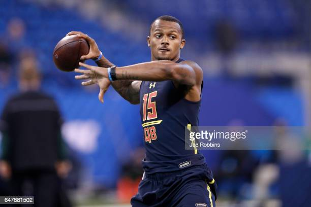 Quarterback Deshaun Watson of Clemson throws during a passing drill on day four of the NFL Combine at Lucas Oil Stadium on March 4 2017 in...