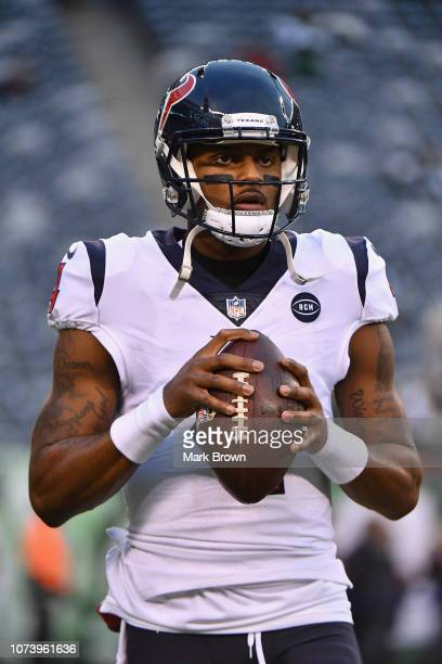 Quarterback Deshaun Watson of the Houston Texans looks on during warmups before taking on the New York Jets at MetLife Stadium on December 15 2018 in...