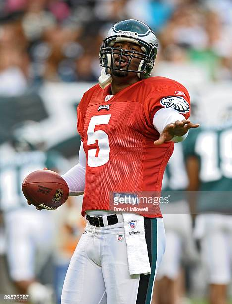 Quarterback Donovan McNabb of the Philadelphia Eagles gives direction during training camp on August 2, 2009 at Lincoln Financial Field in...