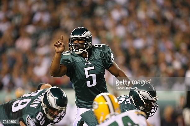 Quarterback Donovan McNabb of the Philadelphia Eagles signals to the offense during the game against the Green Bay Packers on October 2, 2006 at...