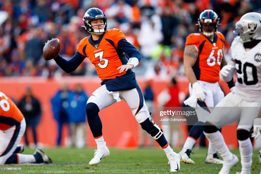 Oakland Raiders v Denver Broncos : News Photo