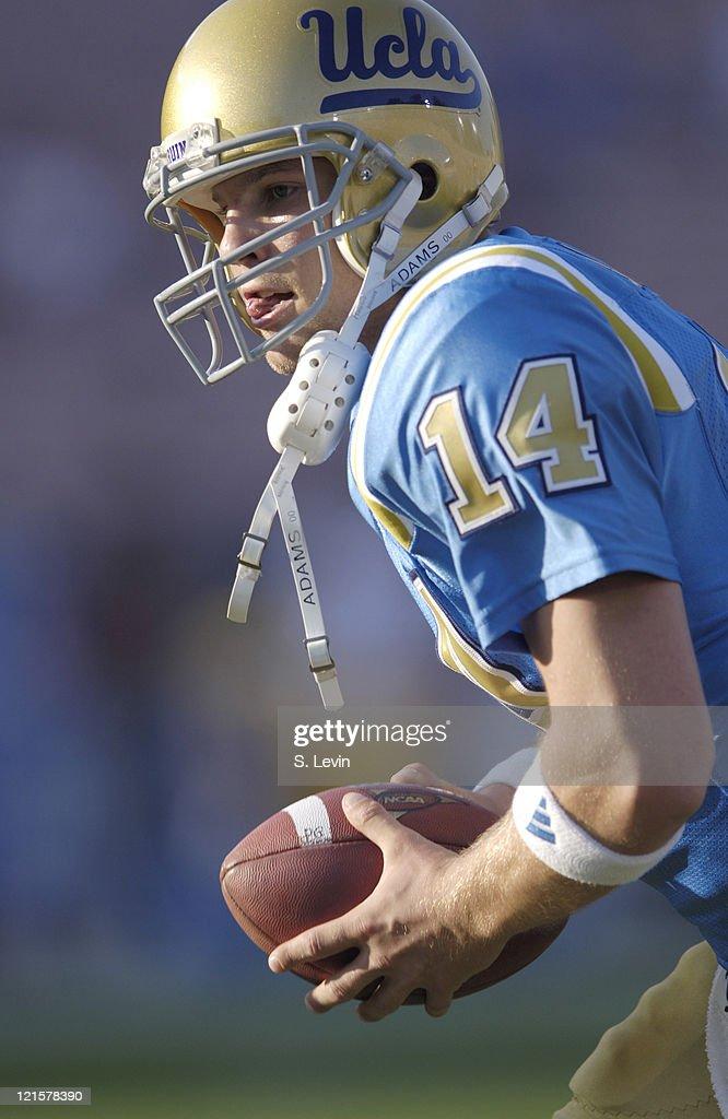 NCAA Football - Arizona State vs UCLA - November 12, 2005 : Fotografía de noticias