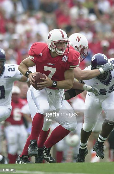 Quarterback Eric Crouch of the Nebraska Cornhuskers runs the option during the NCAA football game against the Texas Christian University Horned Frogs...