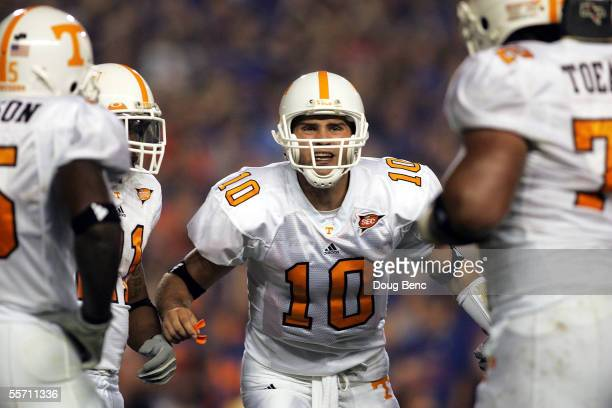 Quarterback Erik Ainge of the Tennessee Volunteers calls a play in the fourth quarter against the Florida Gators at Ben Hill Griffin Stadium on...