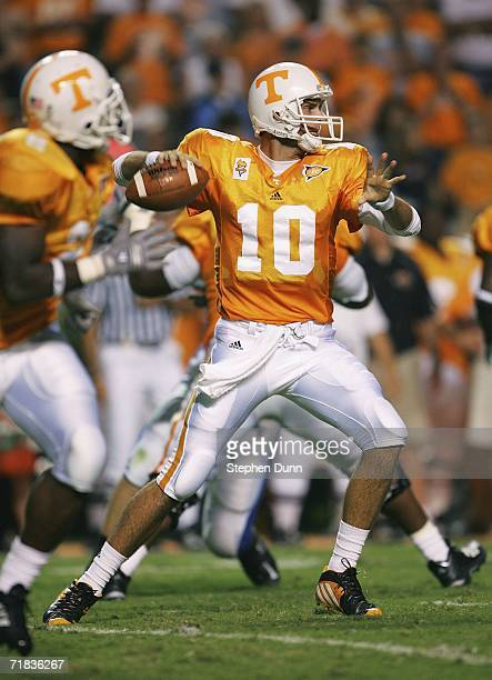 Quarterback Erik Ainge of the University of Tennessee Volunteers throws a pass against the Air Force Academy Falcons on September 9 2006 at Neyland...