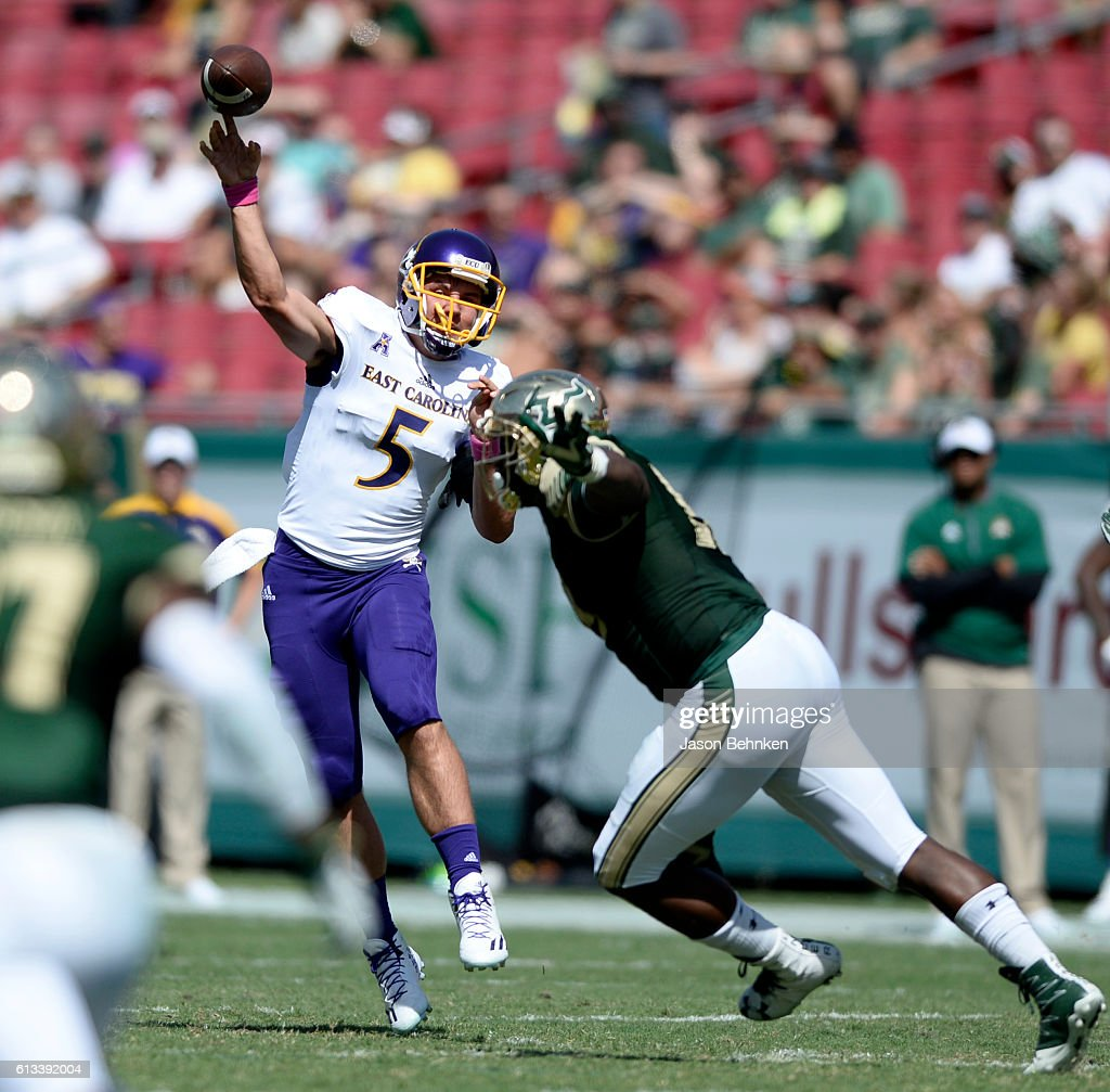 Quarterback Gardner Minshew #5 of the East Carolina Pirates throws a pass against the South Florida Bulls during the 3rd quarter at Raymond James Stadium on October 8, 2016 in Tampa, Florida.
