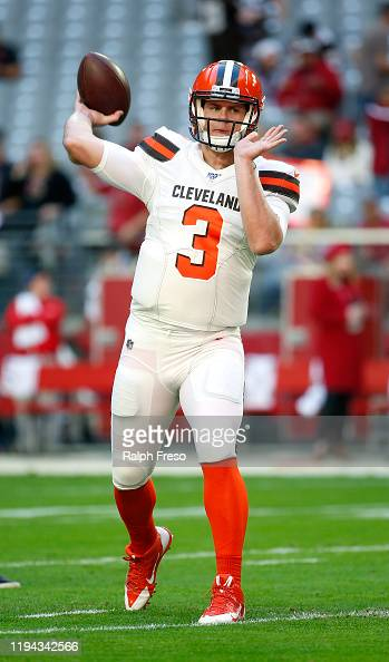 Quarterback Garrett Gilbert Of The Cleveland Browns Warms Up Prior To News Photo Getty Images
