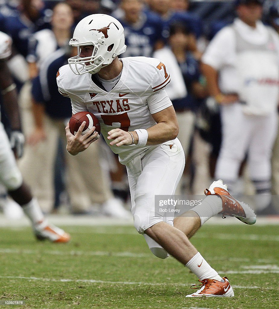 Quarterback Garrett Gilbert Of The Texas Longhorns During Game Action News Photo Getty Images