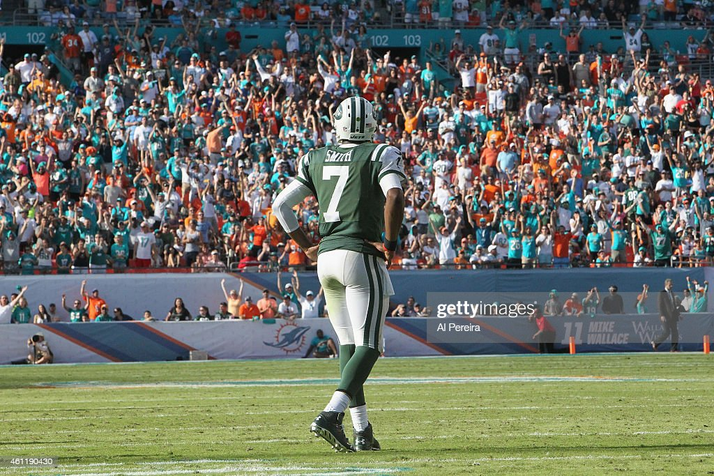New York Jets v Miami Dolphins : News Photo