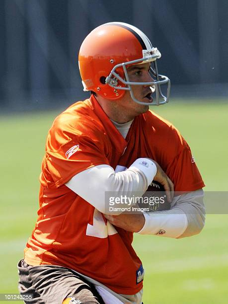 Quarterback Jake Delhomme of the Cleveland Browns performs an agility drill during the team's organized team activity on May 27 2010 at the Cleveland...