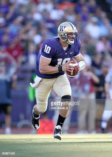 Quarterback Jake Locker of the Washington Huskies runs with the ball during the game against the Oklahoma Sooners on September 13, 2008 at Husky...