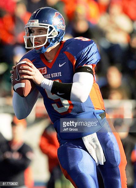 Quarterback Jared Zabransky of Boise State looks downfield for an open receiver against Louisiana Tech at Bronco Stadium on November 20 2004 in Boise...
