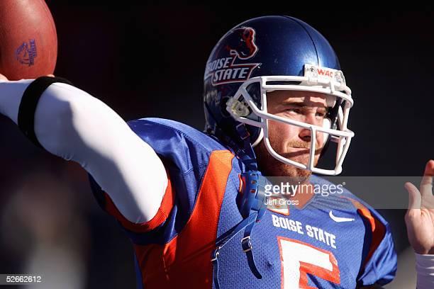 Quarterback Jared Zabransky of Boise State passes against Louisiana Tech at Bronco Stadium on November 20 2004 in Boise Idaho Boise State defeated...