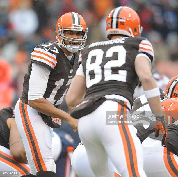 Quarterback Jason Campbell of the Cleveland Browns calls out the play at the line of scrimmage during a game against the Chicago Bears at FirstEnergy...
