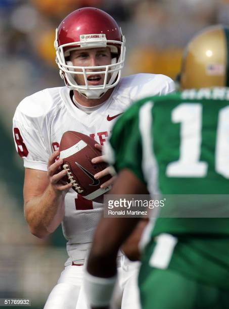 Quarterback Jason White of the University of Oklahoma Sooners drops back to pass against the Baylor University Bears on November 20 2004 at Floyd...