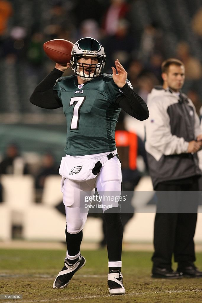 Quarterback Jeff Garcia #7 of the Philadelphia Eagles warms up before the game against the Carolina Panthers on December 4, 2006 at Lincoln Financial Field in Philadelphia, Pennsylvania. The Eagles defeated the Panthers 27-24.