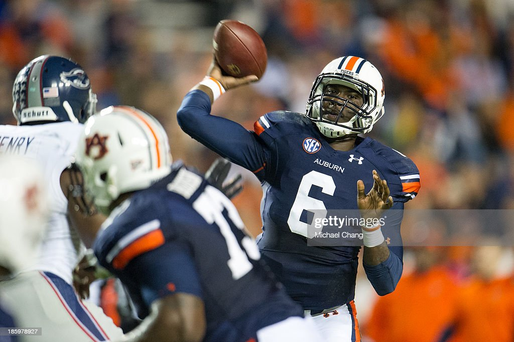 Quarterback Jeremy Johnson #6 of the Auburn Tigers throws a pass during their game against the Florida Atlantic Owls on October 26, 2013 at Jordan-Hare Stadium in Auburn, Alabama. Auburn defeated Florida Atlantic 45-10.