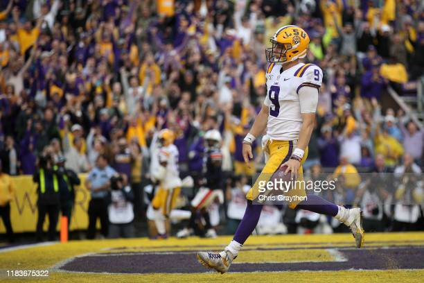 Quarterback Joe Burrow of the LSU Tigers in action against the Auburn Tigers at Tiger Stadium on October 26, 2019 in Baton Rouge, Louisiana.