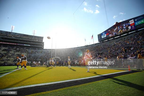 Quarterback Joe Burrow of the LSU Tigers warms up prior to the game against the Georgia Southern Eagles at Tiger Stadium on August 31, 2019 in Baton...