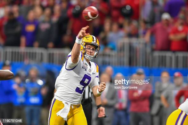 Quarterback Joe Burrow throws a pass during the College Football Playoff Semifinal game between the LSU Tigers and the Oklahoma Sooners on December...