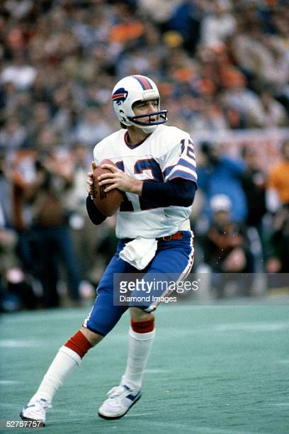 Quarterback Joe Ferguson of the Buffalo Bills drops back to pass during the AFC Divisional Playoff game on January 3 1982 against the Cincinnati...