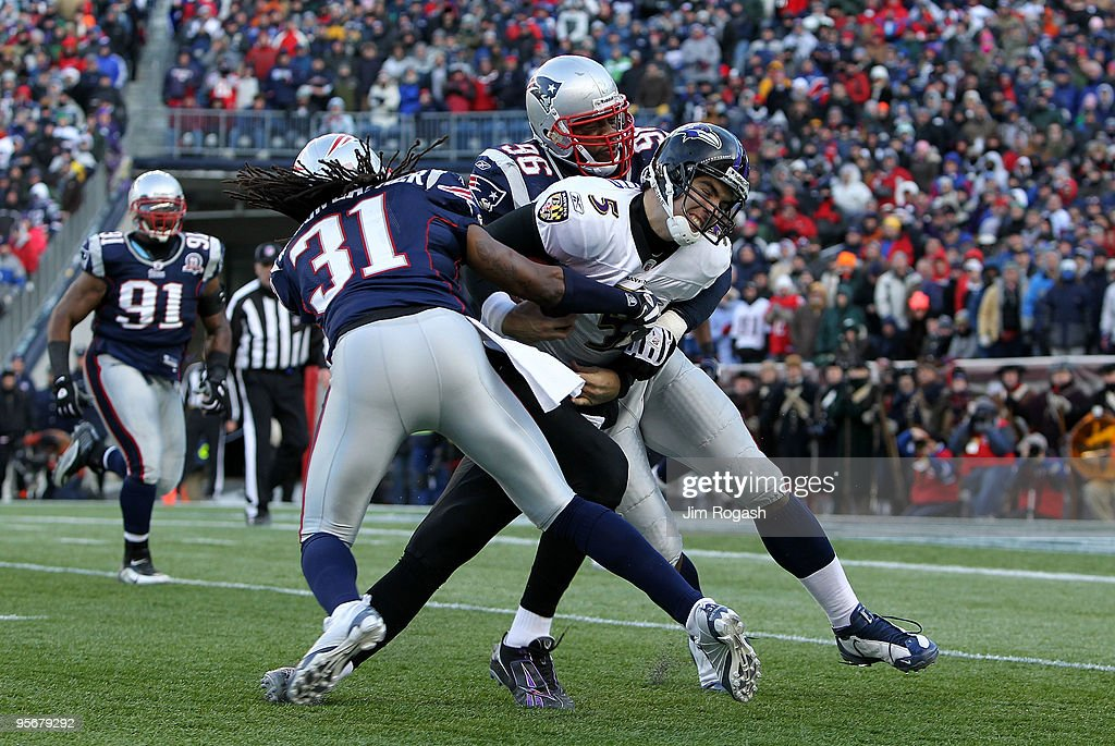 Baltimore Ravens v New England Patriots - Wild Card Round : News Photo