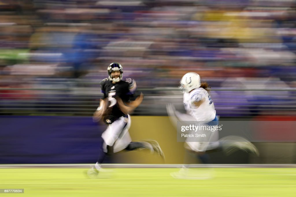 Indianapolis Colts v Baltimore Ravens : News Photo