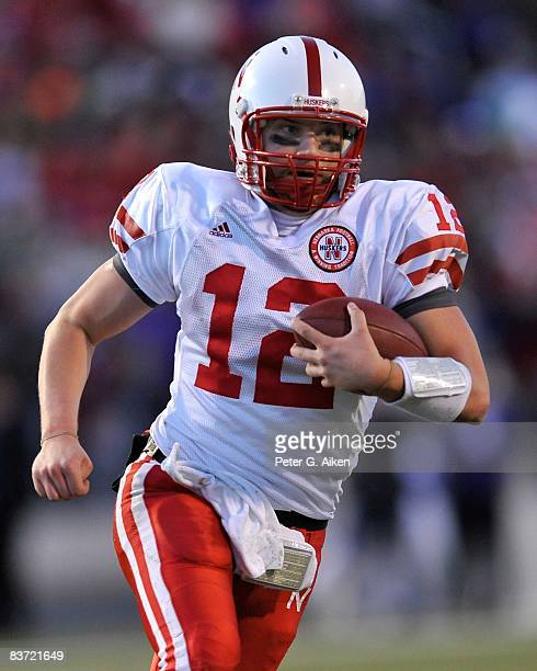 Quarterback Joe Ganz of the Nebraska Cornhuskers rushes down field enroute to a 25 yard touchdown against the Kansas State Wildcats during the fourth...