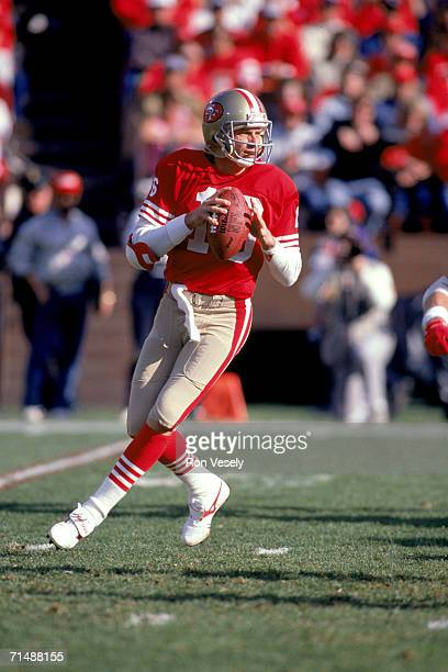 Quarterback Joe Montana of the San Francisco 49ers drops back to pass against the Minnesota Vikings during the 1989 NFC Divisional Playoff Game at...