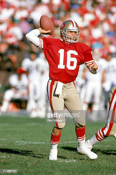 Quarterback Joe Montana of the San Francisco 49ers passes against the Cleveland Browns at Candlestick Park on October 28 1990 in San Francisco...