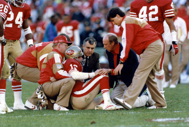 https://media.gettyimages.com/photos/quarterback-joe-montata-of-the-san-francisco-49ers-sits-on-the-ground-picture-id175668574?k=6&m=175668574&s=612x612&w=0&h=6uV2fWeULHdjHPEjxlZjjw3y6lYxvkgOHV4Dn6OEhTM=