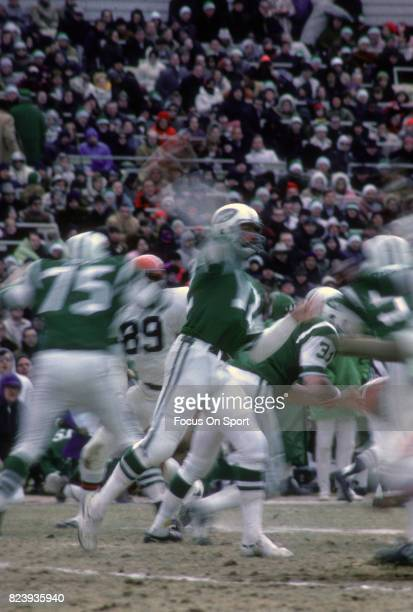 Quarterback Joe Namath of the New York Jets drops back to pass against the Cincinnati Bengals during an AFL football game December 29 1968 at Shea...