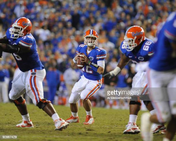Quarterback John Brantley of the Florida Gators sets to pass in the fourth quarter against the Vanderbilt Commodores November 7, 2009 at Ben Hill...