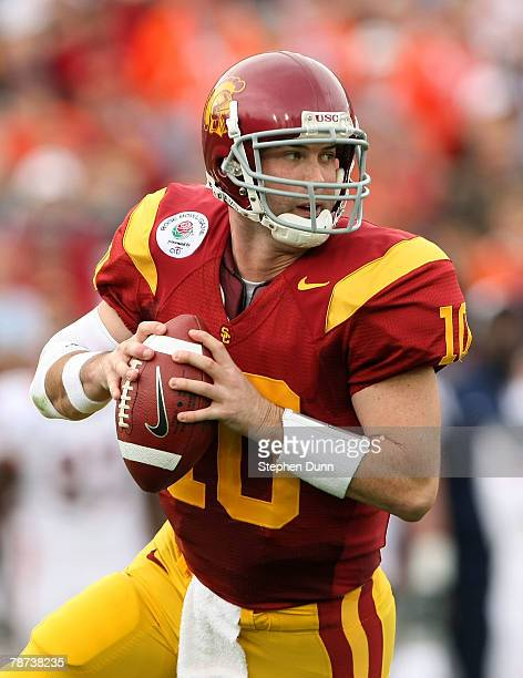 Quarterback John David Booty of the USC Trojans looks to pass the ball against the Illinois Fighting Illini during the Rose Bowl presented by Citi at...