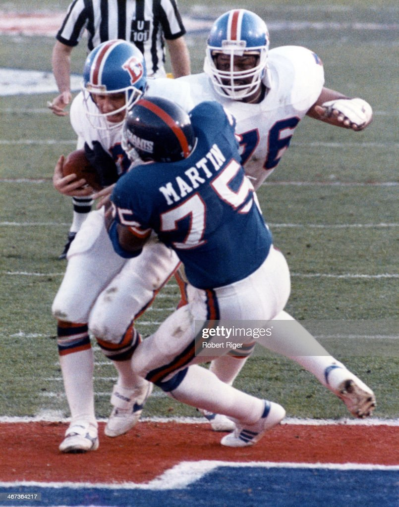 Super Bowl XXI:  Denver Broncos v New York Giants : News Photo